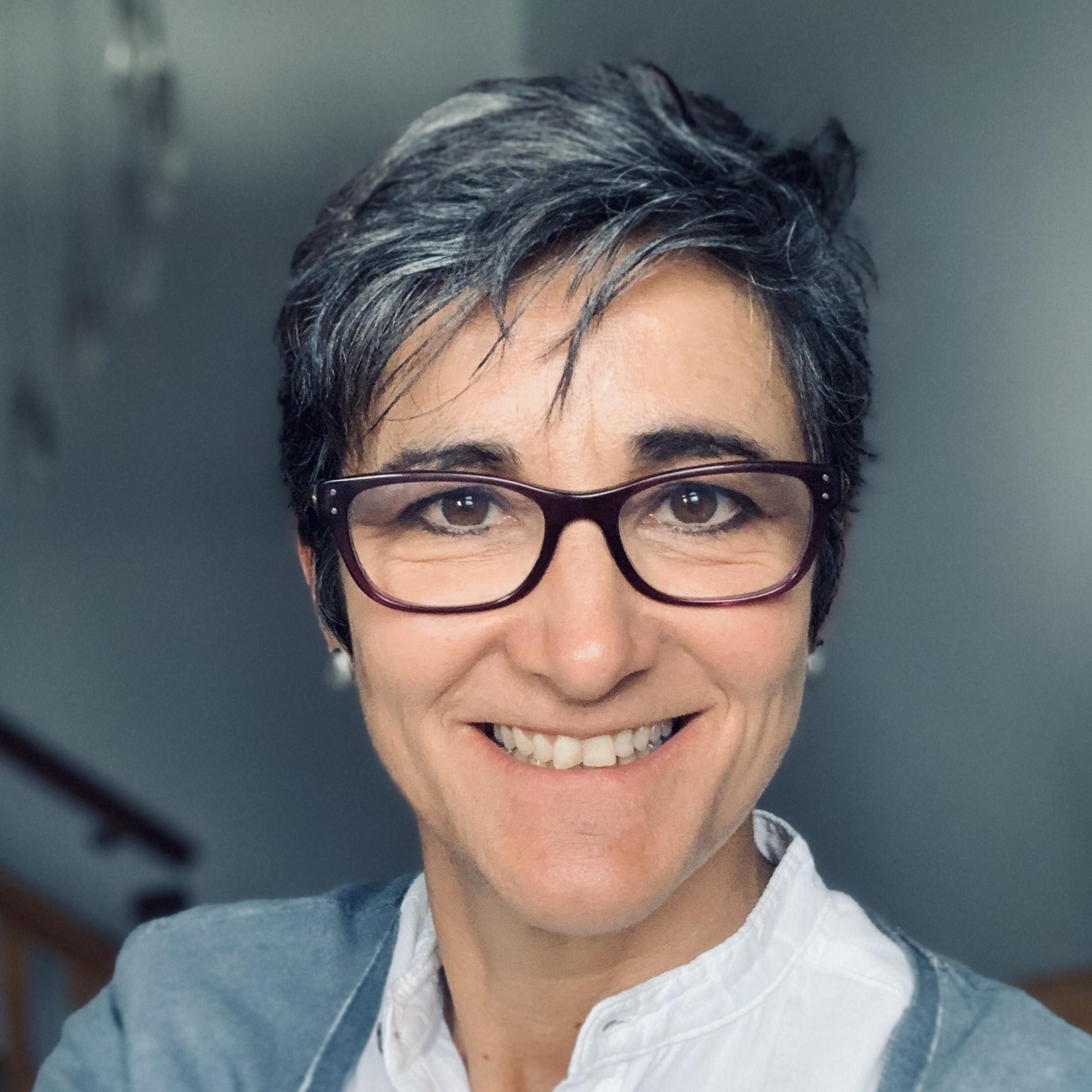 Dr Diana Taylor